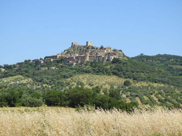 Montemassi Rocche southern Tuscany Maremma Toscana Toskana тоскана Italy Italia イタリア Италия 意大利 travelblogger travel trip